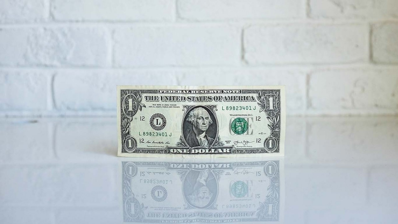 currency_1366x768